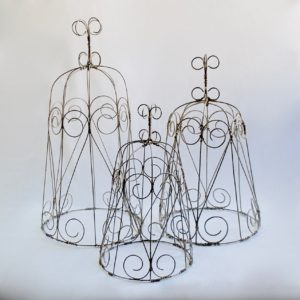Wire and Tin Décor
